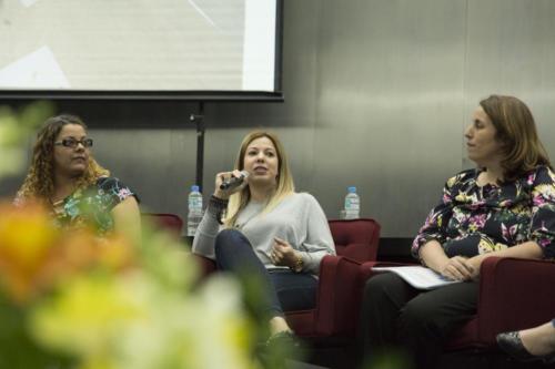 Educadoras comentaram as experiências  desenvolvidas em suas escolas