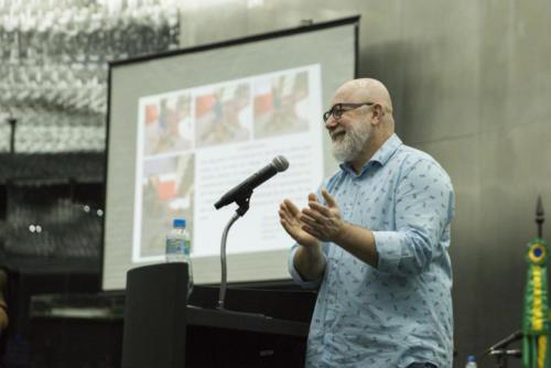 Professor Gabriel Junqueira falou sobre práticas pedagógicas na Educação Infantil