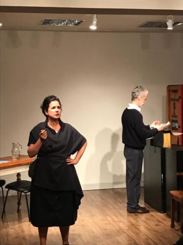Os atores exibiram cenas escritas pelo dramaturgo Harold Pinter