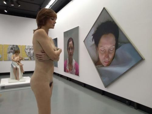 Obras de artistas brasileiros e estrangeiros